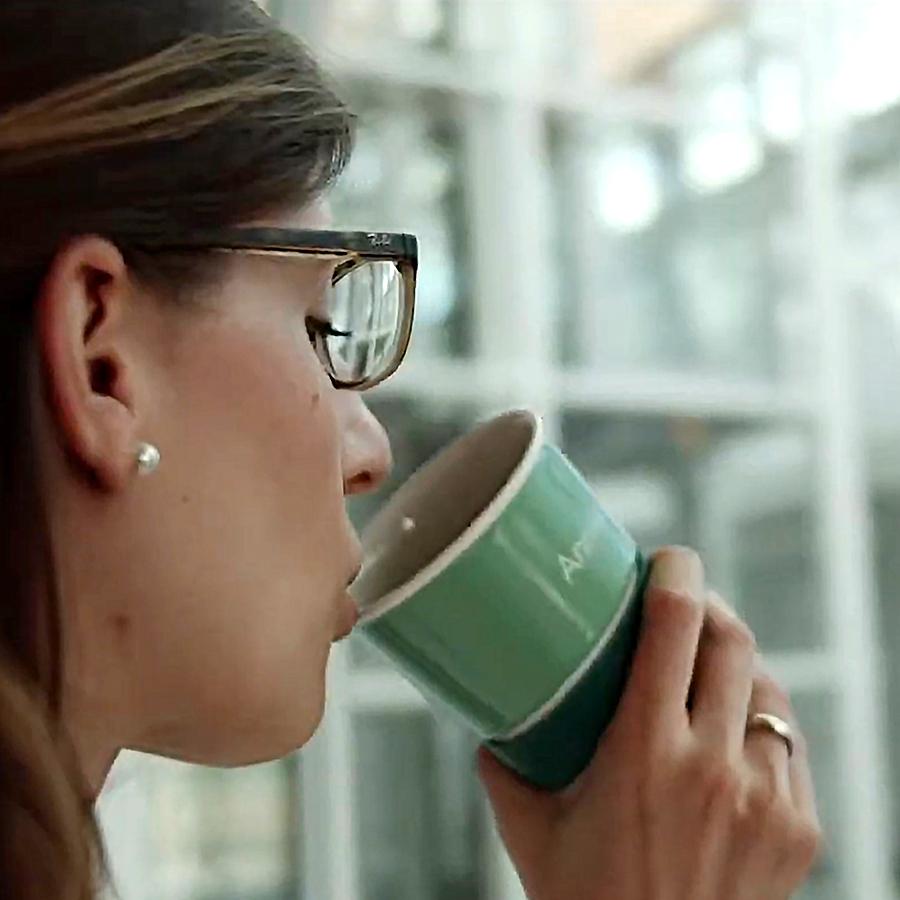 Personalisierte Coffee to go Mehrwegbecher aus Porzellan