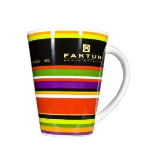 Farbenfrohe Tasse mit Druck