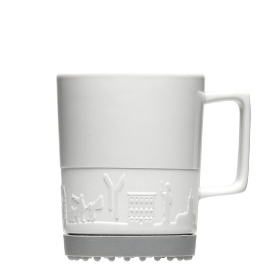 Tasse mit Gravur und Siliko-Pads - Mahlwerck Porzellan