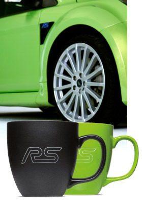 Passende Tasse zum Ford Fiesta RS mit Hydroglasur und Gravur